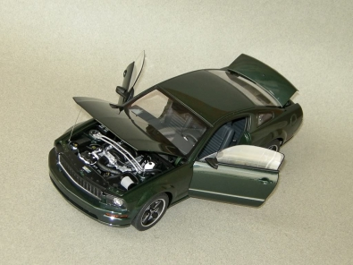 FORD MUSTANG BULLIT (1:18) [AutoArt]